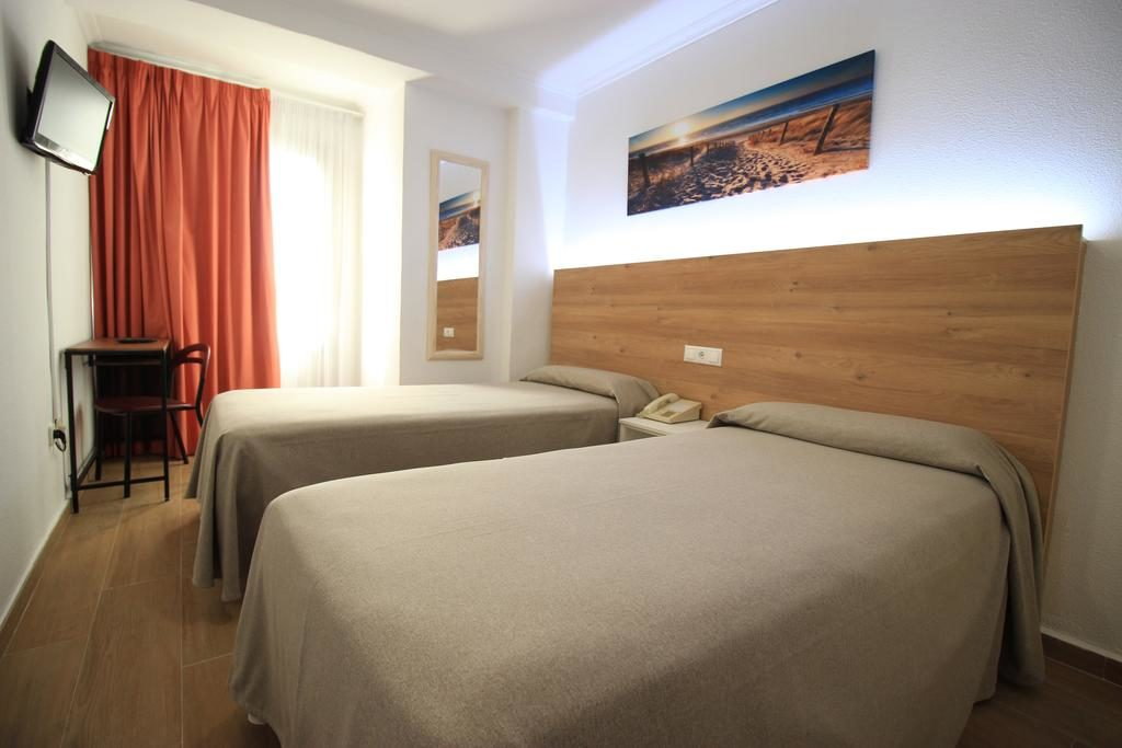 Hostal Pensimar near alicante airport